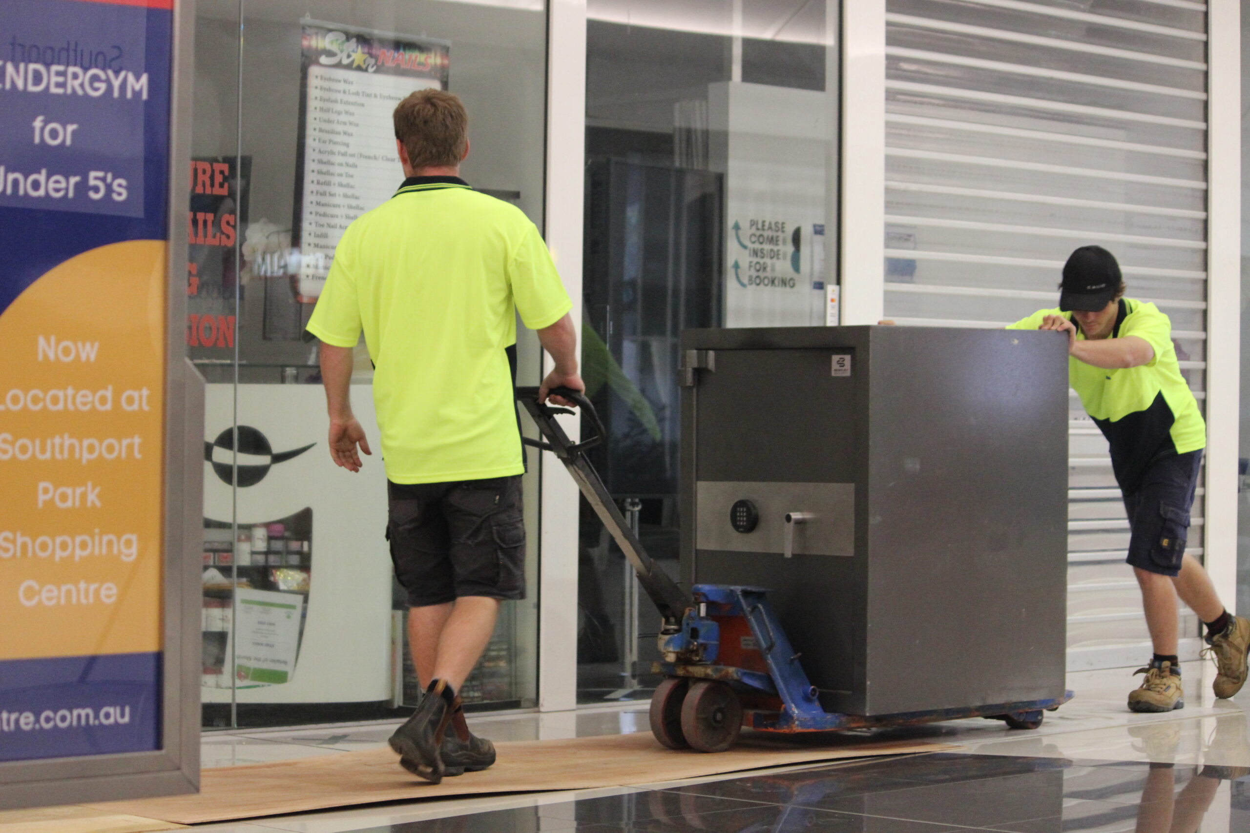 Brisbane Safe Service & Moving