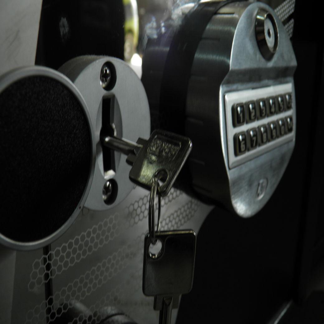 safe key lock